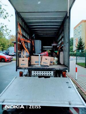 transport samochodem z hds - przeprowadzka 1